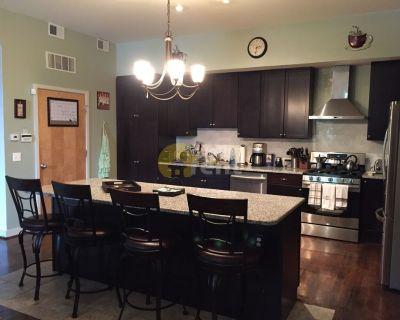 2 bedrooms condo in center city Philadelphia