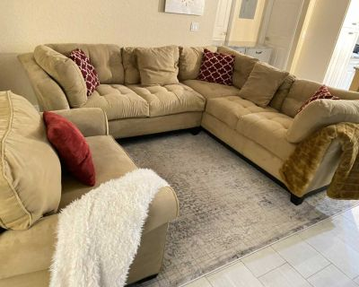 Sectional with chair