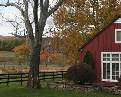 A Restored Wagon Barn On A 1790's Farm. - Purcellville