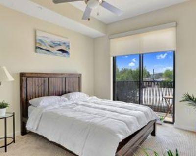 3833 Dunlavy St #306, Houston, TX 77006 1 Bedroom Apartment