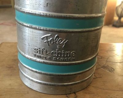 Vintage Foley Sift-Chine Triple Screen Sifter