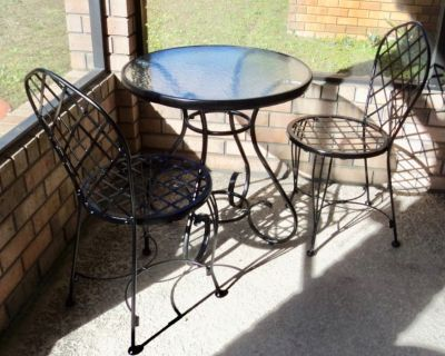 Vintage Shiny Polished Black Wrought Iron Indoor/Outdoor Bistro Table & Chairs Set
