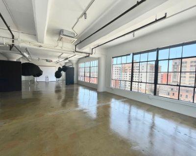 DTLA Loft Studio Suite 2500 Sq ft, Corner Studio West Facing, Los Angeles, CA
