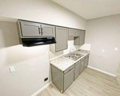 3116 Seneca St #B, Middletown, OH 45044 2 Bedroom Apartment