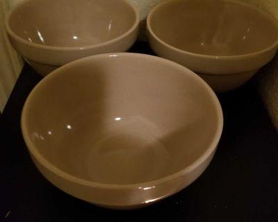 3 soup bowls