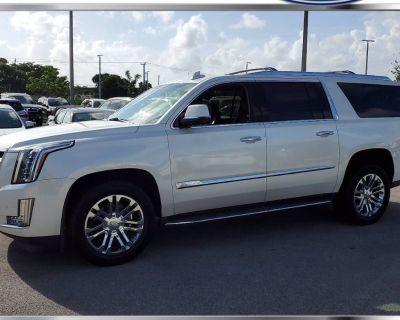 2015 Cadillac Escalade Standard