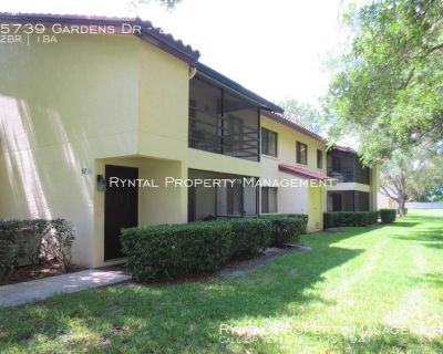 2 Bedroom Palm - Aire Golf and Country Club Condo!