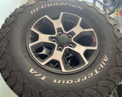 California - 392 JL Wheels and Tires - OEM Beadlock