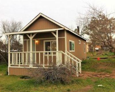 1940 Helman St #1, Oroville, CA 95966 1 Bedroom Apartment