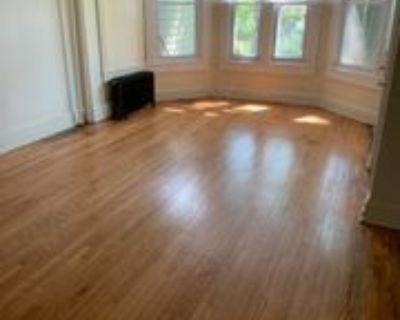 635 N Jackson St #1, Media, PA 19063 1 Bedroom Condo