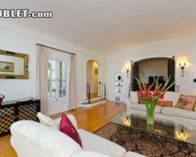 $1500 3 apartment in Metro Los Angeles