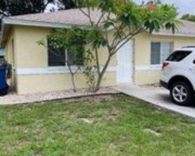 1167 Lake Mcgregor Dr, Fort Myers, FL 33919 3 Bedroom Apartment