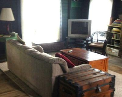 5 Bedroom Lake Home on Quaker Lake! - Brackney