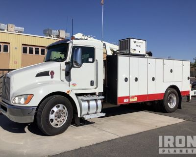 2013 Kenworth T370 4x2 S/A Service Truck w/ Crane