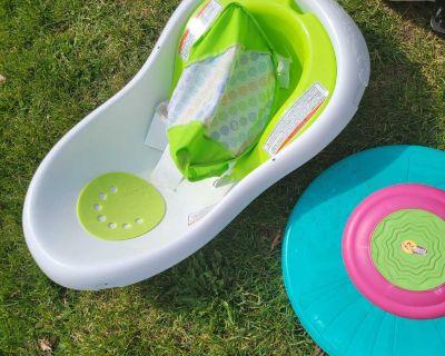 Baby bath w/sling