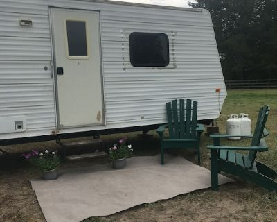 Travel Trailer Located 7 Miles From Downtown Whitefish, 35 Miles to GNP - Whitefish