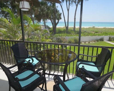 Gulf-front 2 bedroom, 2 bath condo with a heated pool!! - Holmes Beach