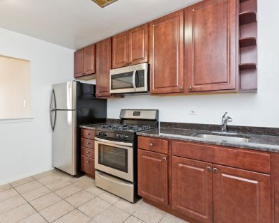 Condo Quality Cicero 2 bed /1bth - Heat included - Remodeled! Aug 1st