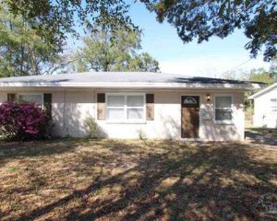 1540 E Leonard St, Pensacola, FL 32503 3 Bedroom Apartment