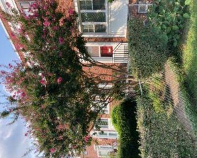 1215 Gibbon St, Alexandria, VA 22314 2 Bedroom House