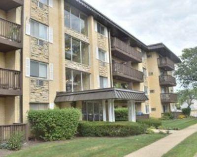 2226 S Goebbert Rd #367, Arlington Heights, IL 60005 1 Bedroom House