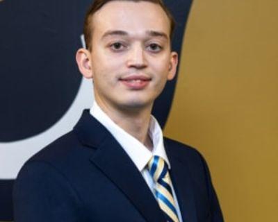 Alexander, 24 years, Male - Looking in: Washington Navy Yard DC