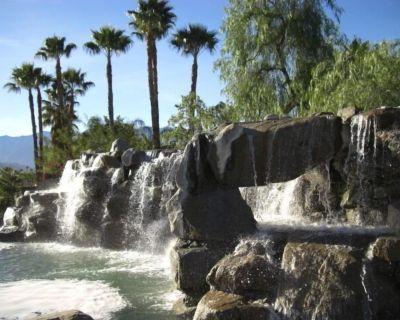 Beautiful Mediterranean Villa! Spacious .. Inviting ... Your Own Private Retreat - Victoria Falls