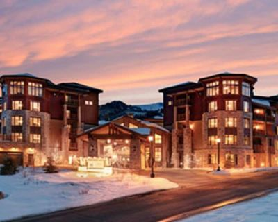 Luxury ~ 2BR Ski In/out Hilton Sunrise Lodge Canyons Village Luxury Resort - Park City