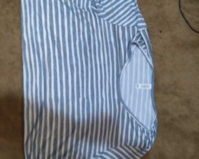 Lularoe shirt large
