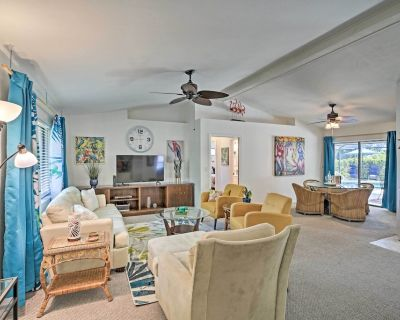 NEW! Pet-Friendly Beach Abode: Pool, Grill, Lanai! - Cape Coral