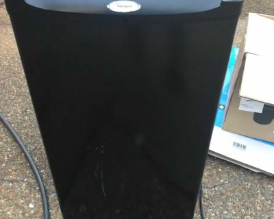 Whirlpool Mini fridge Not Much To Look At but Works Great