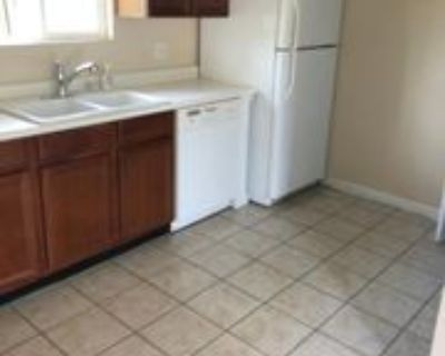 211 N Greenbriar Rd Apt 3 #3, Carterville, IL 62918 2 Bedroom Apartment
