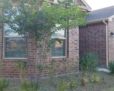9125 Golden Hollow Ln, Fort Worth, TX 76179