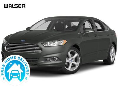 Pre-Owned 2013 Ford Fusion SE LUX MOON
