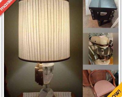 Woodstock Estate Sale Online Auction - Farmington Drive