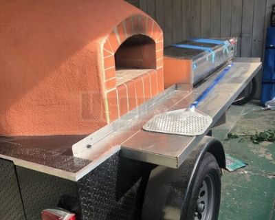 Lightly Used Wood-Fired Pizza Trailer / Brick Oven Pizza Trailer