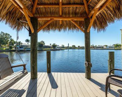 DIRECT Gulf access- Pet Friendly w/ Heated Pool & Kayaks! Villa Reef Intermission - Roelens - Caloosahatchee