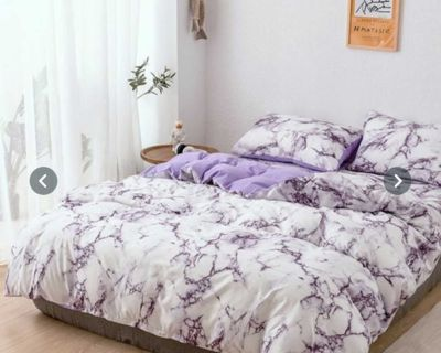 Gorgeous twin duvet cover and a pillow case - brand new