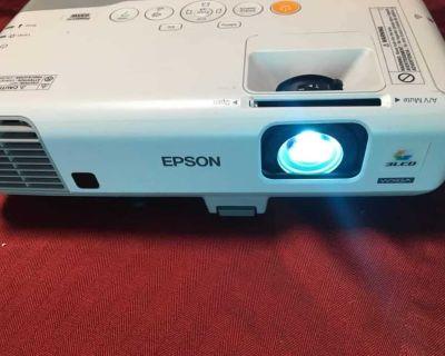 EPSON 935W