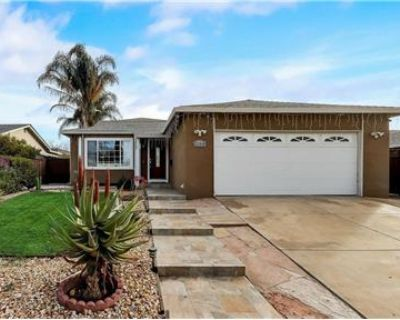 Remodeled 2 bed 2 bath one story ranch style home