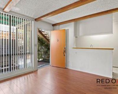 10810 Sarah St #5, Los Angeles, CA 91602 1 Bedroom Condo