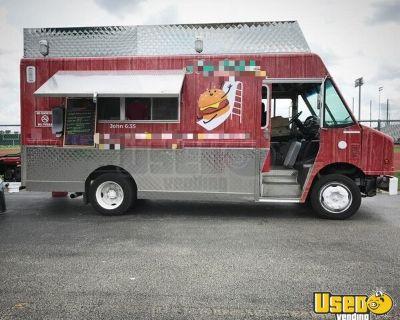 2001 Freightliner MT45 20' Stepvan Kitchen Food Truck / Used Mobile Food Unit