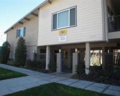1030 W Olive Ave #2, Burbank, CA 91506 1 Bedroom Apartment