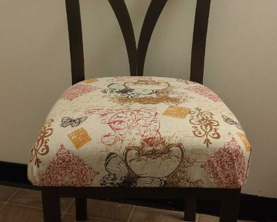 Sturdy beautifully comfortable dining chairs (3)
