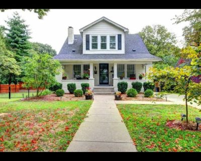 Large Private Space in a Charming Historical Home - Brownsboro Village