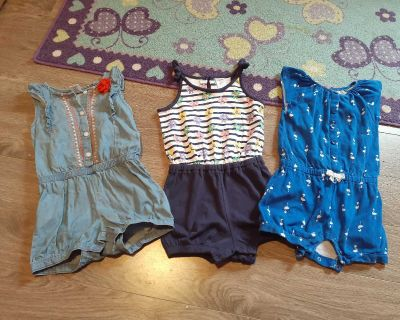 Gymboree 3t rompers - like new!!
