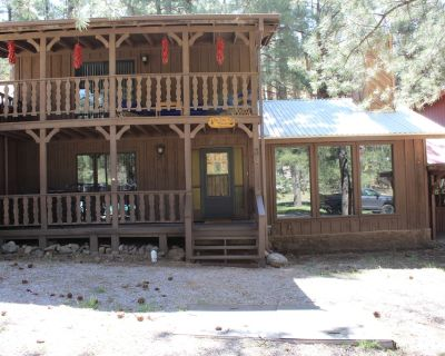 Welcome to the Tipsy Elk Hideout - Ruidoso