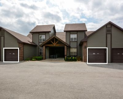 Family Reunion & Group Pet Friendly and Easy Elderly Access - Branson West
