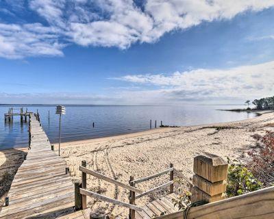 Vibrant Riverfront Gem w/ Dock & Private Beach! - Rushmere