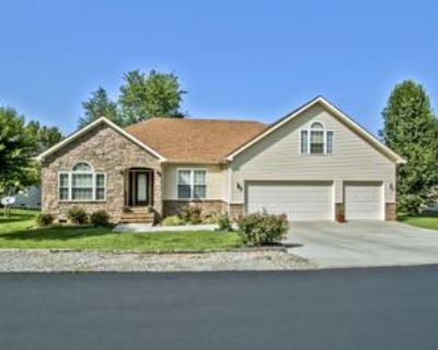 513 513 Tanasi CircleFURNISHED Vacation Rental Home-See details #1, Loudon, TN 37774 3 Bedroom Apartment